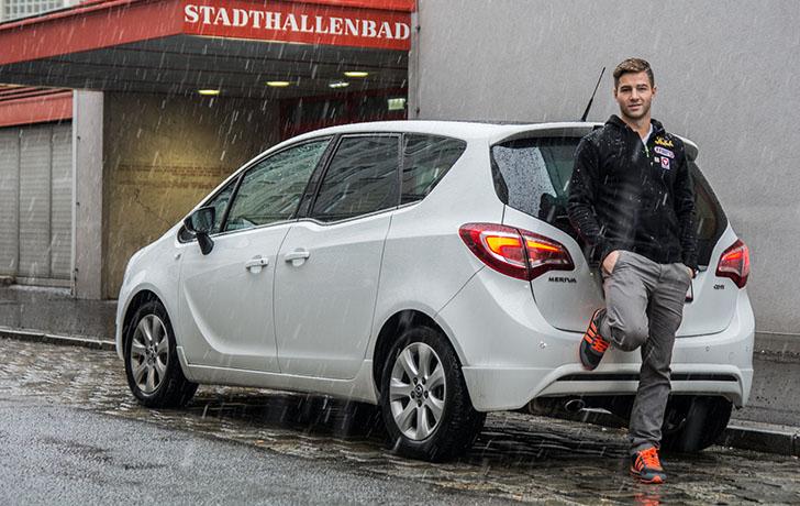 Opel Meriva Stadthallenbad (c) STADTBEKANNT