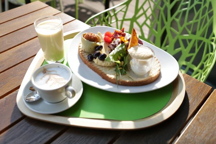 yamm! OrientOccident mit Kaffee (c) yamm!, Fotograf: Karl Schrotter