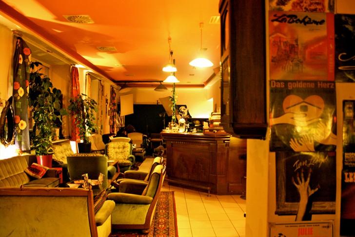 Quentin's Kaffeebar Lokal (c) STADTBEKANNT