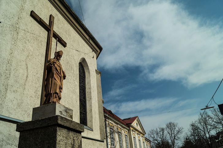 Mauer Parrkirche (c) STADTBEKANNT