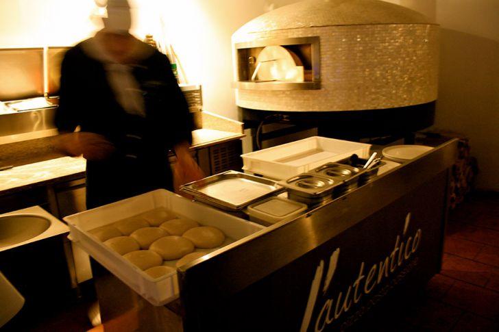 Pizzeria l'autentico Ofen (c) STADTBEKANNT