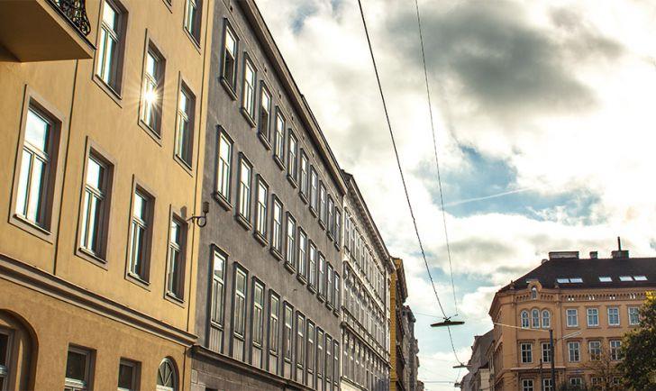 Straße Wien Josefstadt (c) STADTBEKANNT