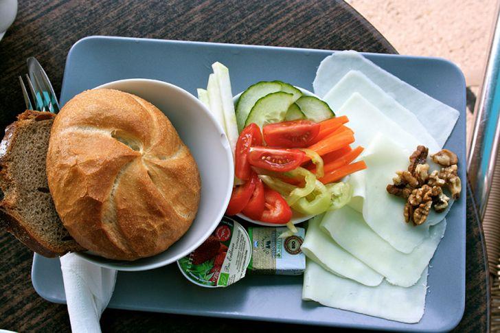 CAY Frühstücksteller (c) STADTBEKANNT