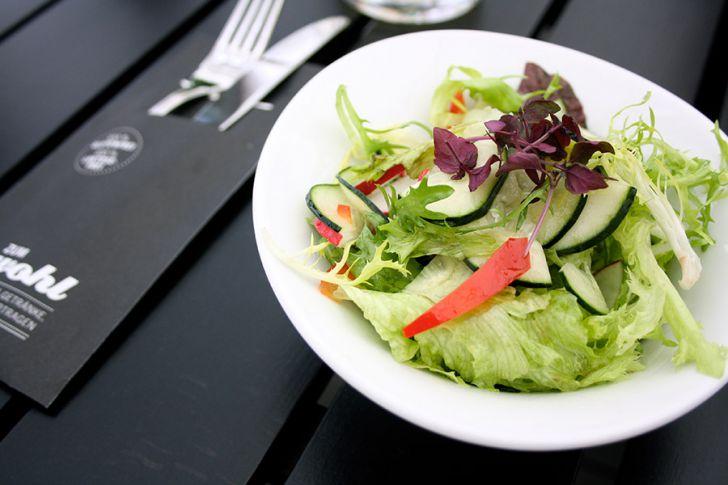 zum wohl Salat (c) STADTBEKANNT
