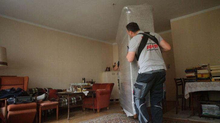 Umziehen leicht gemacht -  Schwere Last (c) Die Möbelpacker