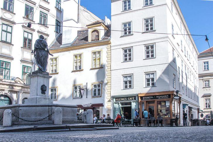 Franziskanerplatz Innenstadt (c) STADTBEKANNT