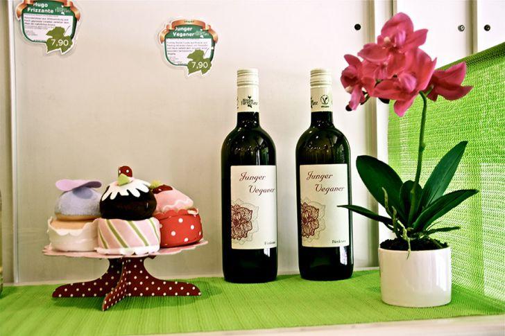 Mikkamakka Vegan Bistro  Wein (c) STADTBEKANNT Nohl