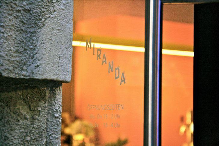 Miranda Bar Eingang (c) STADTBEKANNT Nohl