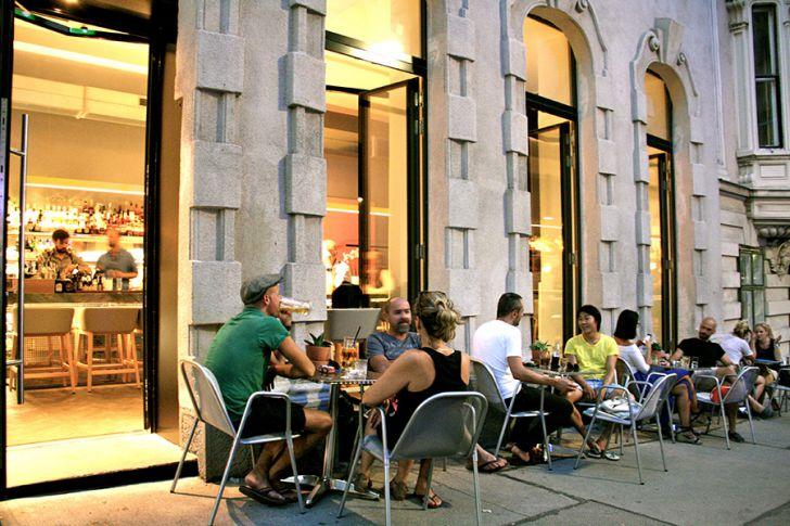 Miranda Bar Schanigarten (c) STADTBEKANNT