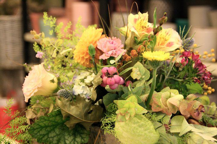 Blumengestalten Blumengesteck (c)  STADTBEKANNT Nohl