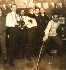 Die schlagende jüdische Studentenverbindung Emunah in ihrem Clublokal in der Servitengasse, um 1925 © Ze'ev Aleksandrowicz, Beit Hatfutsot, Tel Aviv