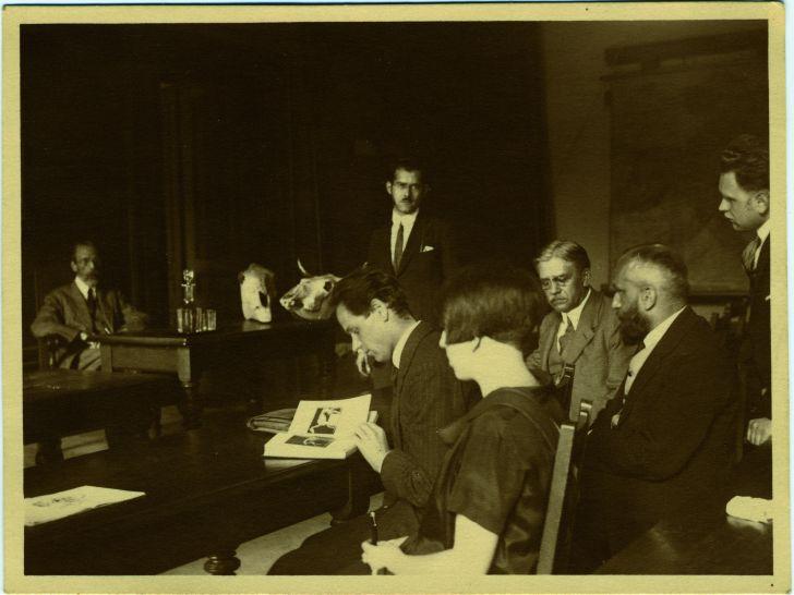 Frauen in der Unterzahl. Gertrude Kurth an der Universität Wien, um 1925 © Leo Baeck Institute New York