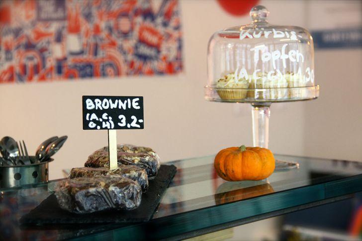 Canela Coffee & Bakery Brownie (c) STADTBEKANNT