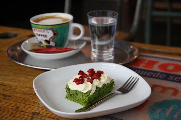 Canela Coffee & Bakery Cafe Kuchen (c) STADTBEKANNT