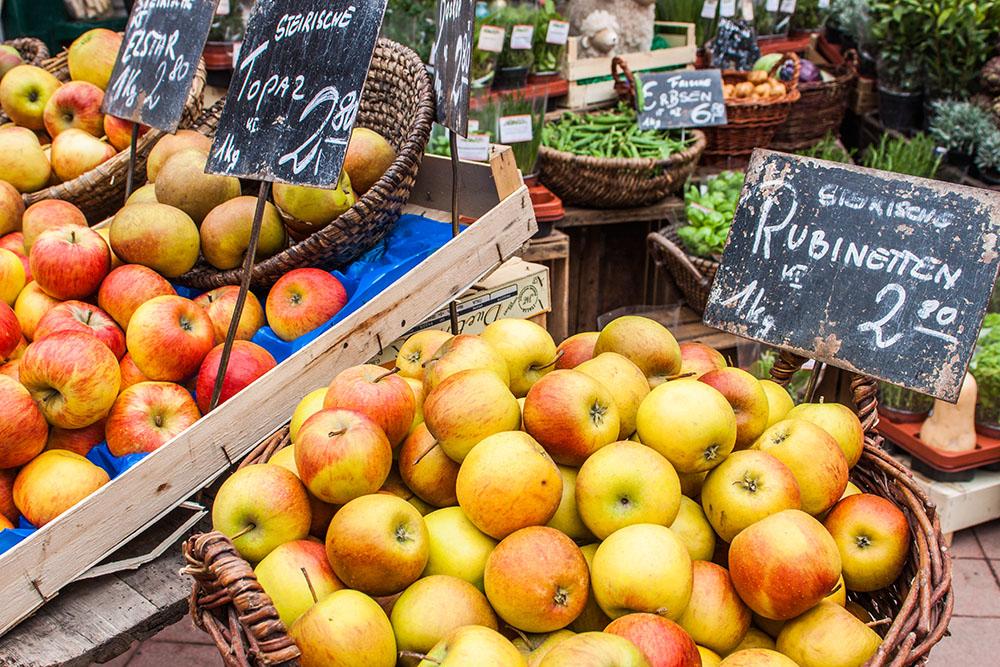 Naschmarkt Steiermark Äpfel (c) STADTBEKANNT