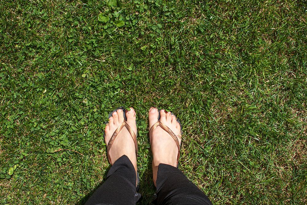 Füße im Gras (c) STADTBEKANNT