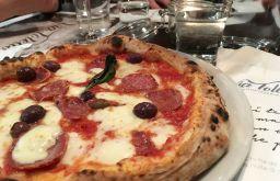 Via Toledo Pizza Salami (c) STADTBEKANNT