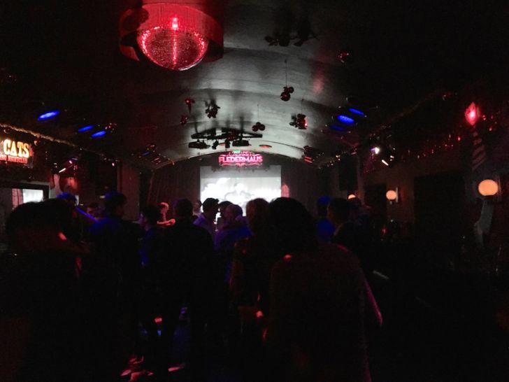 Cabaret Fledermaus Tanzfläche (c) STADTBEKANNT