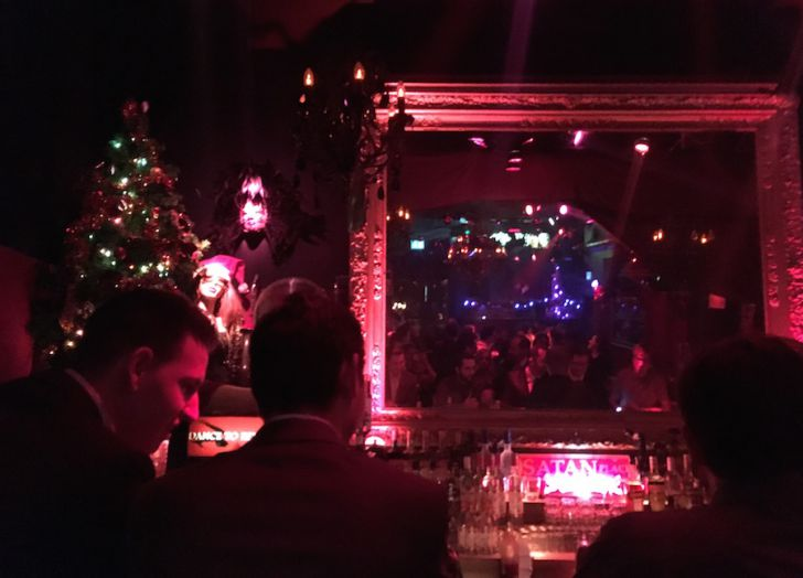 Cabaret Fledermaus Bar Spiegel (c) STADTBEKANNT