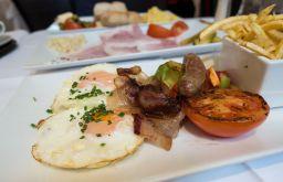 Haas&Haas Teehaus Englisches Frühstück (c) STADTBEKANNT