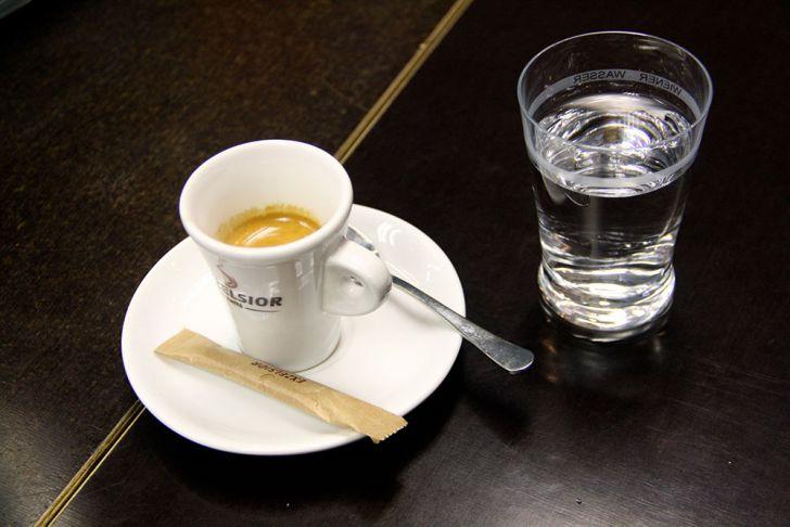 Exzelsior Café und Gschäft Kaffee (c) STADTBEKANNT Wetter-Nohl