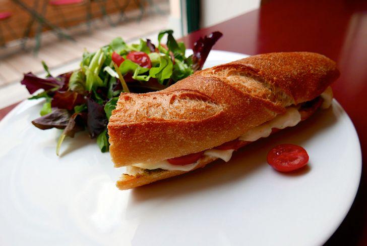 Edelgreißlerei Opocensky Sandwich (c) STADTBEKANNT Wetter-Nohl