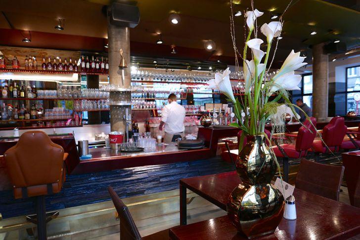 aumann - Cafe Restaurant Bar (c) STADTBEKANNT Wetter-Nohl