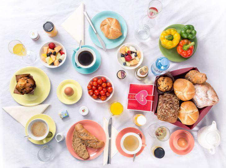 Muttertag Frühstückstisch (c) Hausbrot.at