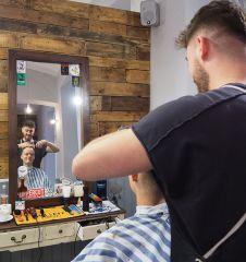 Brothers Barbershop Wien Schneiden (c) STADTBEKANNT Pitzer