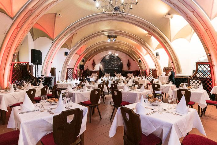 Dinner & Comedy Rathauskeller Saal (c) Gourmet Group