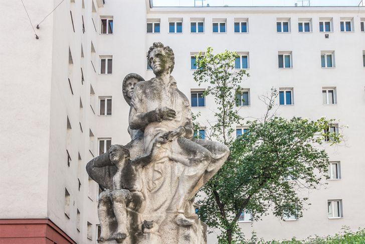 Familie Plastik von Margarete Hanusch (c) STADTBEKANNT