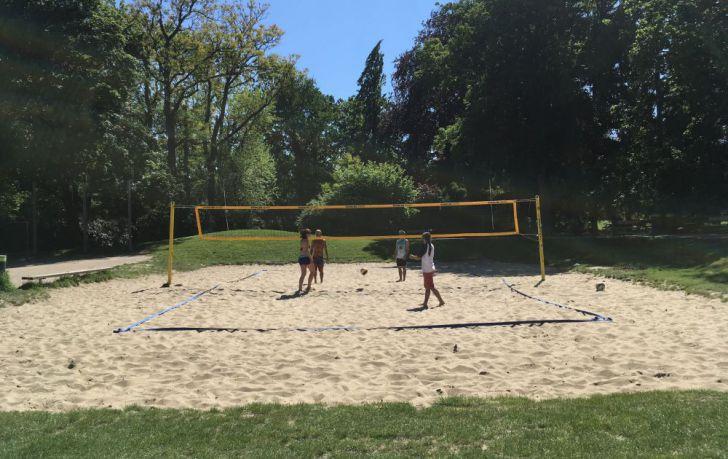 Volleyballplatz Türkenschanzpark (c) STADTBEKANNT