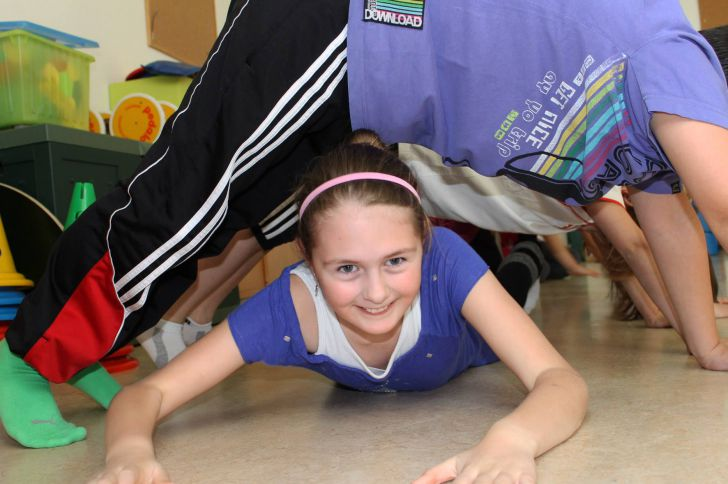 Yoga für Kinder (c) yogaju - Julia Schweiger