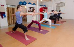 Yoga (c) Amazing Yoga