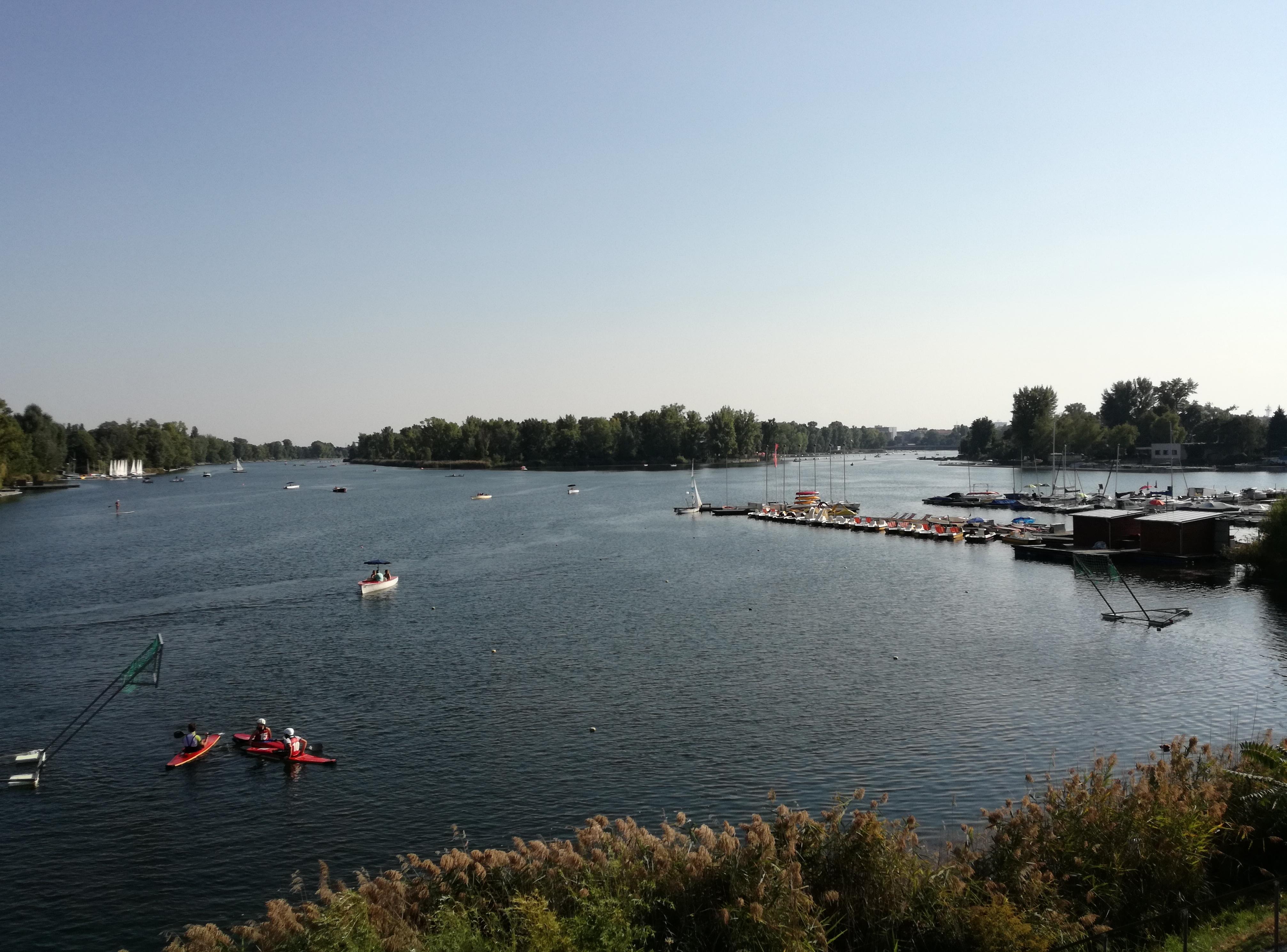 Alte Donau Boote (c) STADTBEKANNT Mehofer