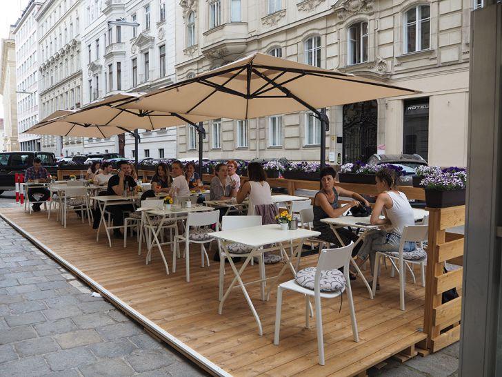 Café Telegraph Schanigarten (c) STADTBEKANNT Pitzer