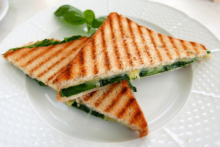Café Cobenzl Toast (c) STADTBEKANNT Wetter-Nohl