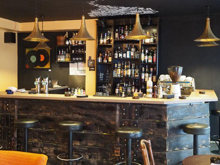 Needle Vinyl Bar Bar (c) STADTBEKANNT Pitzer