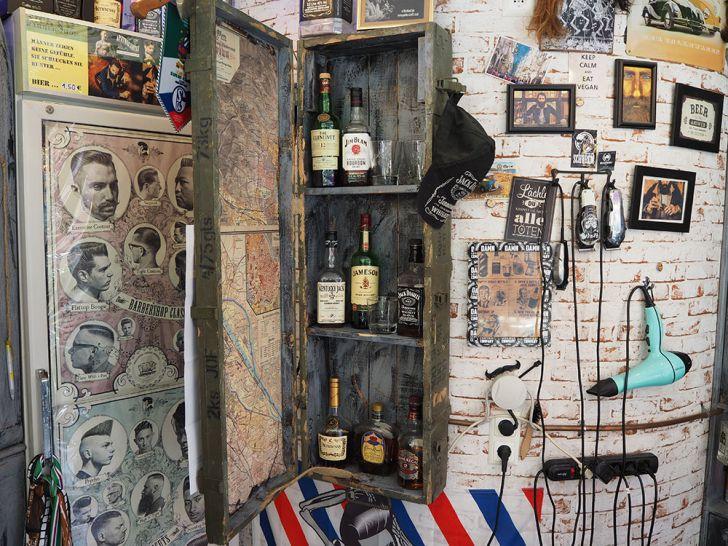Nick´s Barbershop Bar (c) STADTBEKANNT Pitzer