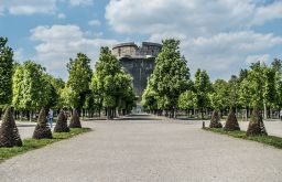 Augarten Flakturm Park (c) STADTBEKANNT