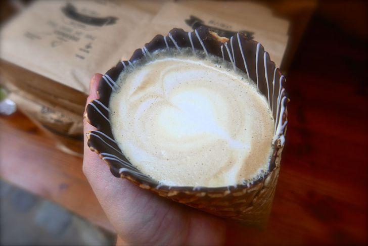 Fenster Café Kaffee (c) STADTBEKANNT Wetter-Nohl