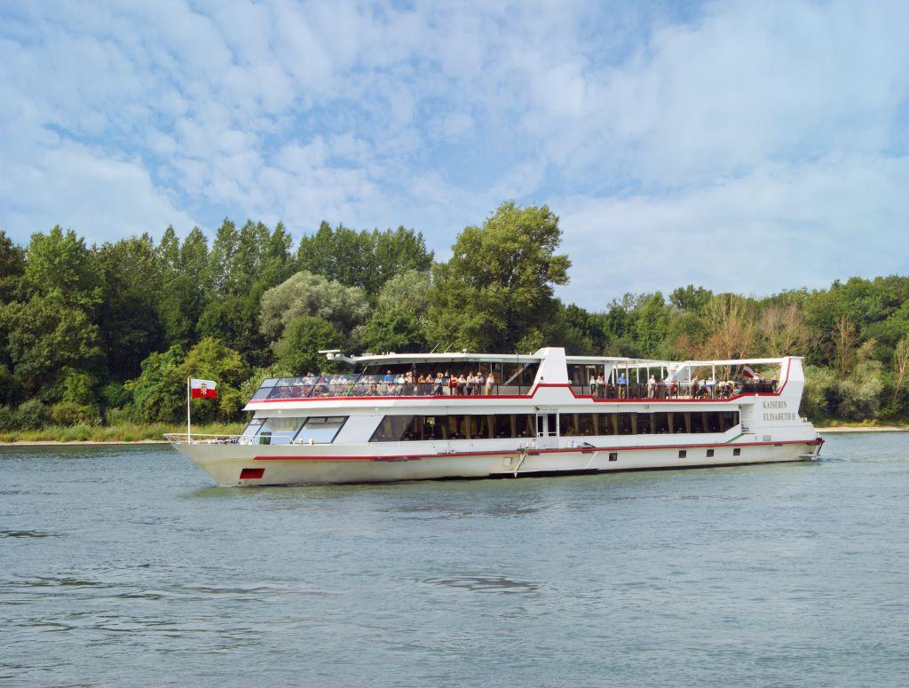 MS Kaiserin Elisabeth (c) Donau Touristik Marlene Hackl