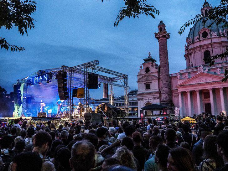 Popfest 2017 Bühne Karlskirche (c) STADTBEKANNT Pitzer