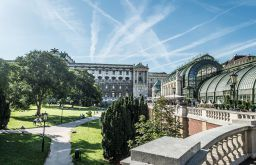 Burggarten Palmenhaus Park (c) STADTBEKANNT