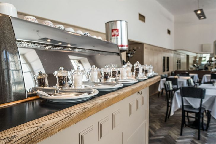 Café Florianihof Kaffeemaschine (c) STADTBEKANNT