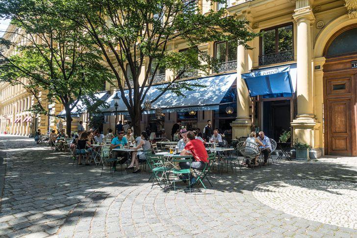 Cafe Ansari Schanigarten (c) STADTBEKANNT