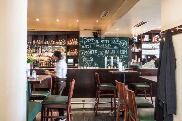 Caffè Latte Cocktail Tafel (c) STADTBEKANNT