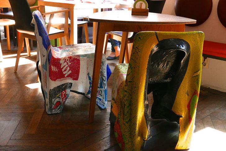 das möbel Stühle (c) STADTBEKANNT Wetter-Nohl