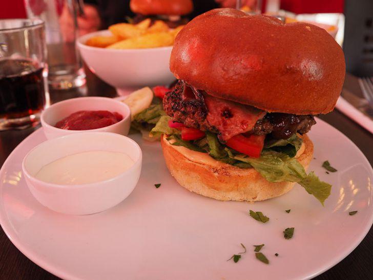 Haferpoint Burger (c) STADTBEKANNT Pitzer
