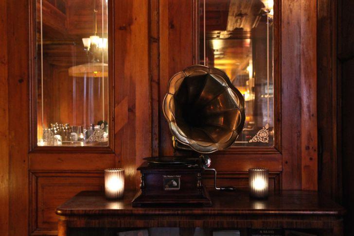 Kruger's American Bar Grammophon (c) STADTBEKANNT